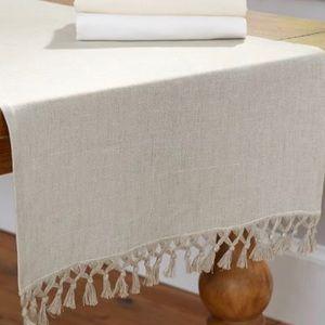 Pottery Barn Linen Table Runner